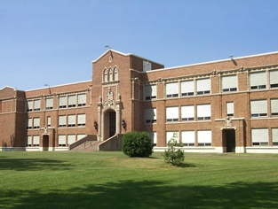 Ironwood School District | Ironwood, MI Educational + Governmental Roofing Project